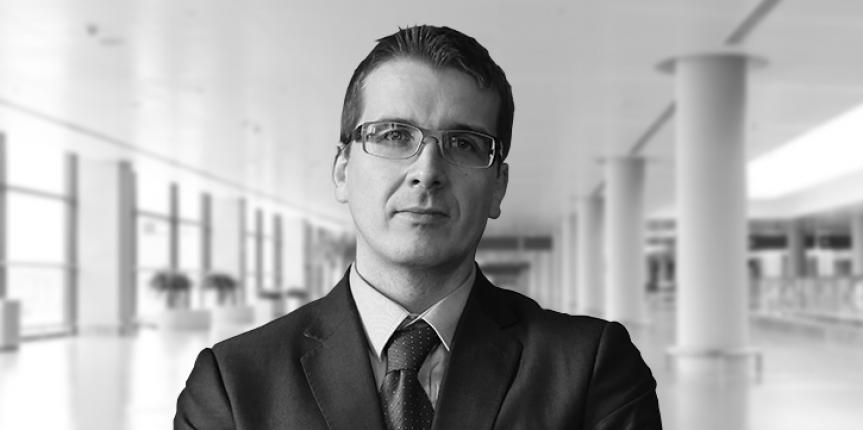 dr Artur Oleś